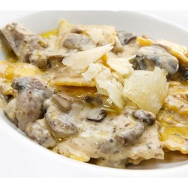 "Demi-Lune 4 Fromages & Truffes ""Sauce Champignons"""