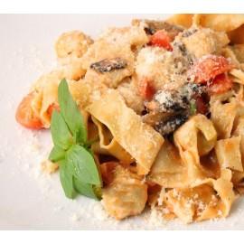 """Papardelle Volaille Tomate Confite """"Sauce Estragon"""""""